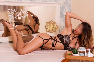 Gianna Colombian Happy Ending Masseuse in Barcelona